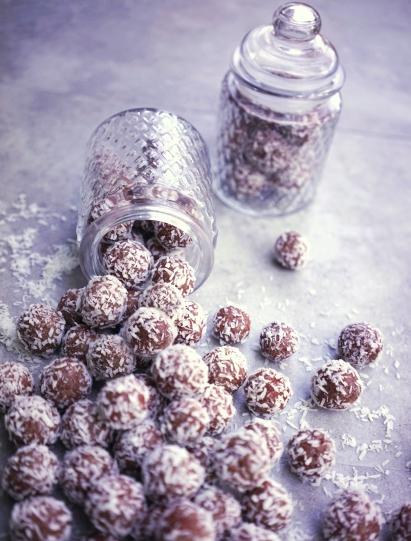bliss-balls-e1536149365751.jpg